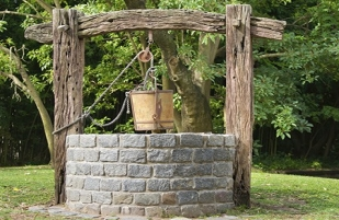 water-well-pulley